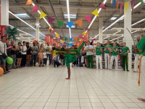 Demonstration Capoeira Carrefour Beaulieu (10)