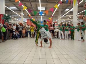 Demonstration Capoeira Carrefour Beaulieu (14)