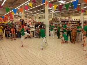 Demonstration Capoeira Carrefour Beaulieu (16)