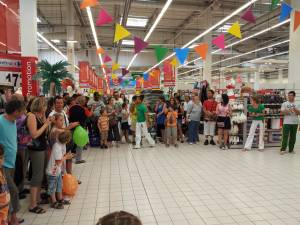 Demonstration Capoeira Carrefour  Beaulieu (23)