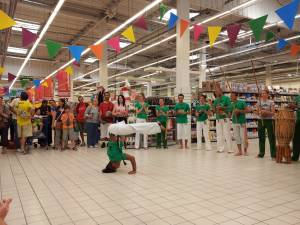 Demonstration Capoeira Carrefour  Beaulieu (27)