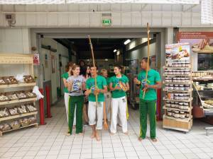 Demonstration Capoeira Carrefour  Beaulieu (36)