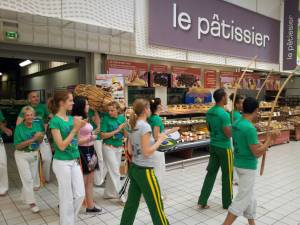 Demonstration Capoeira Carrefour Beaulieu (38)