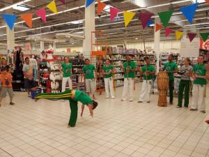 Demonstration Capoeira Carrefour Beaulieu (43)
