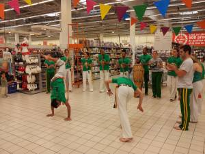 Demonstration Capoeira Carrefour Beaulieu (45)