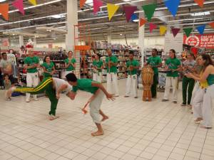 Demonstration Capoeira Carrefour  Beaulieu (47)