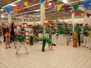 Demonstration Capoeira Carrefour Beaulieu (50)