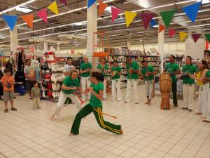 Demonstration Capoeira Carrefour Beaulieu (51)