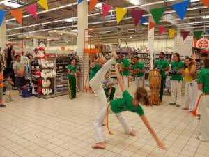 Demonstration Capoeira Carrefour  Beaulieu (52)