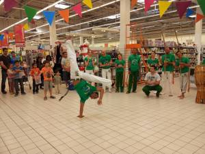Demonstration Capoeira Carrefour  Beaulieu (54)