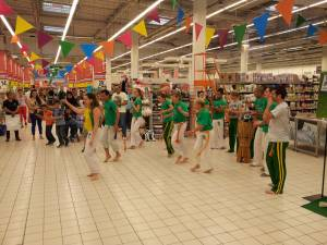 Demonstration Capoeira Carrefour Beaulieu (60)