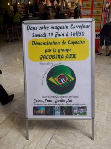 Demonstration Capoeira Carrefour  Beaulieu (66)