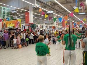 Demonstration Capoeira Carrefour  Beaulieu (9)