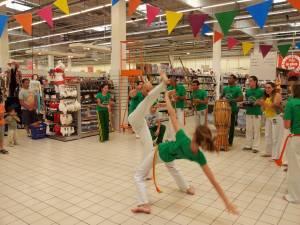 Demonstration Capoeira Carrefour Beaulieu (52)